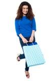 Su hora de ir a hacer compras, 2013 a continuación Imagenes de archivo