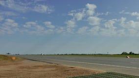 Su-25 lądowanie na autostradzie zbiory wideo