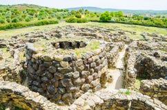 Su Nuraxi di Barumini i Sardinia, Italien royaltyfria foton