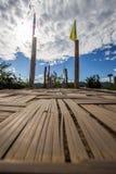 A SU Tong Pae Bridge, a ponte de bambu da fé através do arroz coloca na província de Mae Hong Son, Tailândia do norte imagem de stock royalty free
