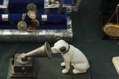 Su voz principal del ` s en el mercado de pulgas en Zagreb fotografía de archivo libre de regalías