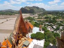 Sua tailandés del thum de Wat del templo en Kanjanaburi Imagen de archivo