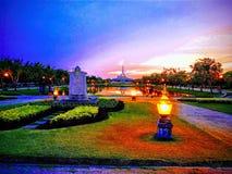 Suan Luang Rama IX am Abend lizenzfreies stockbild