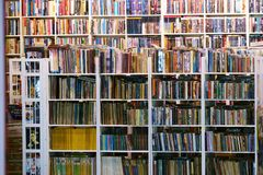 Suan luangThailand 13 november 2018 begagnad bokhandel royaltyfri bild