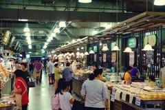 Suan luangThailand 13 november 2018 shoppinggalleria i bangkok arkivbilder