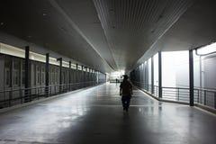 Suandok SkyWalk, τρόπος περιπάτων μεταξύ του κτηρίου χώρων στάθμευσης πάρκων Suandok Στοκ Φωτογραφία