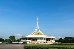 Suanluang RAMA offentlig IX parkerar, Bangkok, Thailand Arkivbild