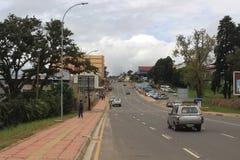 Subúrbio de Mbabane, Suazilândia, África meridional, cidade africana imagens de stock royalty free