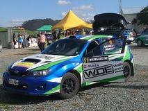Subaru del coche de la reunión imagen de archivo libre de regalías