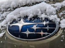 Subaru emblem i vintern royaltyfria bilder