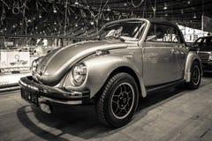 Subcompactauto Volkswagen Beetle Cabrio, 1973 Stock Afbeeldingen
