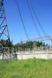Subestação da alta tensão da corrente elétrica Imagem de Stock Royalty Free