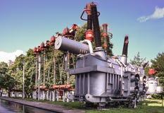 Subestação de alta tensão do transformador Foto de Stock Royalty Free