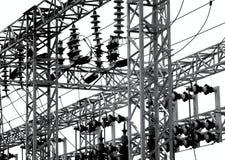Subestación eléctrica con los aisladores grandes Fotografía de archivo libre de regalías