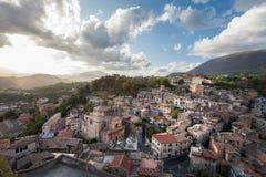 Subiaco, Italien Vogelperspektive des alten italienischen Dorfs Lizenzfreies Stockbild