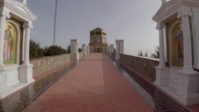 Subida da capela de Throni vídeos de arquivo