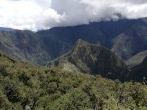 Subida de la montaña del picchu de Machu fotografía de archivo libre de regalías