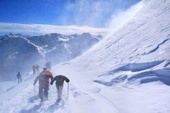 Subida de montañas Imagen de archivo