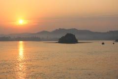 Subida de Sun Imagen de archivo libre de regalías