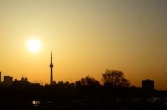 Subida del sol de la ciudad de Toronto Imagen de archivo libre de regalías