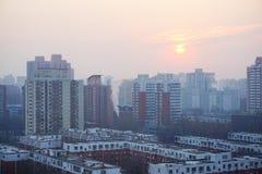Subida del sol del invierno foto de archivo