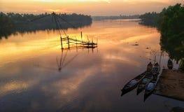 Subida del sol del remanso de Kerala Foto de archivo libre de regalías