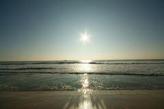 Subida granangular del sol Fotografía de archivo libre de regalías
