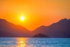 Subidas muy hermosas del sol Imagen de archivo libre de regalías