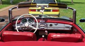 Subotica, Σερβία-Jun 05.2016: Η Mercedes SL190 στο ετήσιο παλαιό αυτοκίνητο χρονομέτρων παρουσιάζει Στοκ Φωτογραφίες