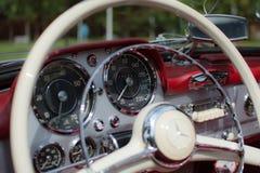Subotica, Jun 05,2016: Mercedez SL190 na Rocznego starego zegaru jawnym samochodowym przedstawieniu Obraz Royalty Free