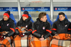 substitute players of bayern match between fc shakhtar donetsk vs fc münchen uefa champions league round first leg arena lviv stock photography