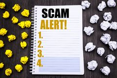 Subtítulo conceptual del texto de la escritura de la mano que muestra la alarma de Scam Concepto del negocio para la advertencia  Imágenes de archivo libres de regalías