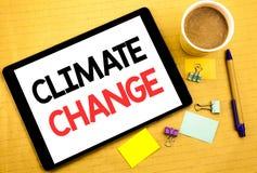 Subtítulo conceptual do texto da escrita da mão que mostra alterações climáticas Conceito do negócio para o aquecimento global do Fotos de Stock
