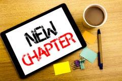 Subtítulo manuscrito del texto que muestra el nuevo capítulo Escritura del concepto del negocio para comenzar nueva vida futura e Fotos de archivo
