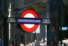 Subterrâneo em Londres - metro público Fotografia de Stock Royalty Free