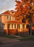 suburbain à la maison américain image libre de droits