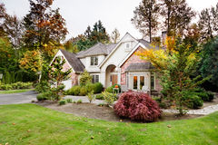 Suburban home in autumn Royalty Free Stock Photography