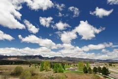 Suburbio en Colorado Springs Imagen de archivo libre de regalías