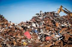 A sucata do ferro comprimiu para recicl Imagem de Stock