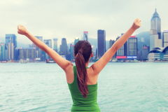 Succes en voltooiingsvrouw het winnen in stad Royalty-vrije Stock Foto