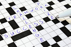 Succes, groepswerk, uitdaging, prijskruiswoordraadsel. Royalty-vrije Stock Foto's