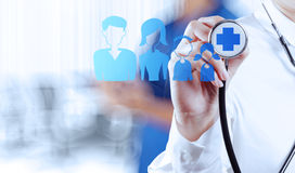 Succes het slimme medische arts werken Stock Fotografie