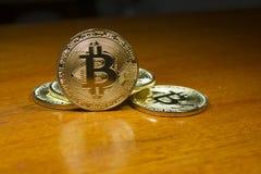 Succes van de Bitcoin het virtuele munt in de financiële wereld Royalty-vrije Stock Foto