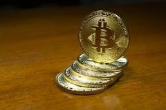 Succes van de Bitcoin het virtuele munt in de financiële wereld Stock Afbeeldingen