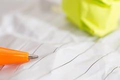 Succesconcept en idee verfrommelde document ruimte voor tekst stock afbeeldingen