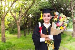 Successo del premio del laureato di graduazione Fotografie Stock