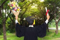 Successo del premio del laureato di graduazione Immagini Stock Libere da Diritti