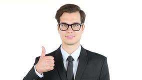 successo e concetto di conquista - uomo felice di affari che dà i pollici su stock footage