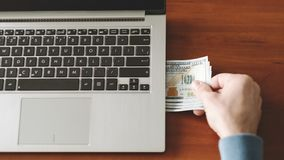 Successo finanziario di reddito di affari online di Internet Fotografia Stock Libera da Diritti