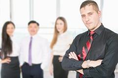 Succesvol jong bedrijfsmens en commercieel team Royalty-vrije Stock Foto's